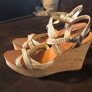 American eagle Wedges with gold braided straps